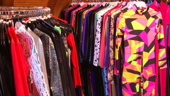Fets Fash Showroom Kleiderständer